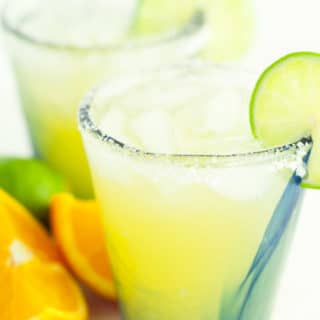 Light and Fresh Margarita recipe is the absolutely perfect version of a fantastic drink. It's lighter in calories, uses fresh ingredients, and will be your new go to margarita recipe. http://www.mamagourmand.com