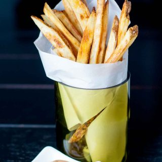 My Best Crispy Oven Baked Fries with Fry Sauce takes all the tips out there on achieving perfectly baked fries and combines them in one easy to follow recipe. https://www.mamagourmand.com