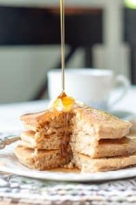 Fluffy Flourless Banana Oat Pancakes
