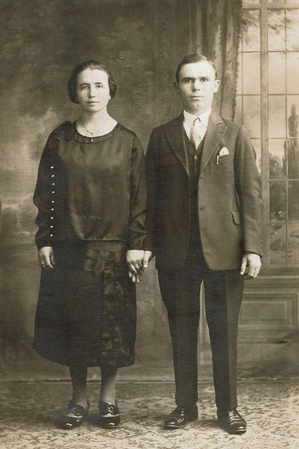A picture of my grandparents after arriving from Italy
