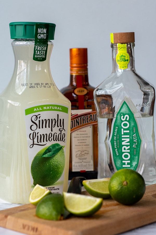 the ingredients for limeade margaritas